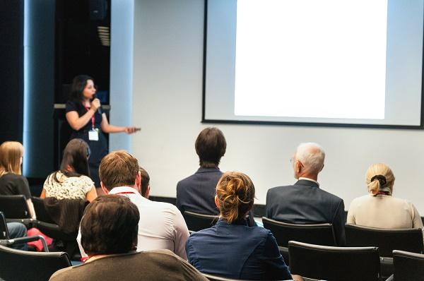 профессиональное проведение и организация конференций и семинаров