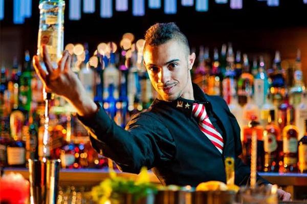 бармен-шоу на 23 Февраля