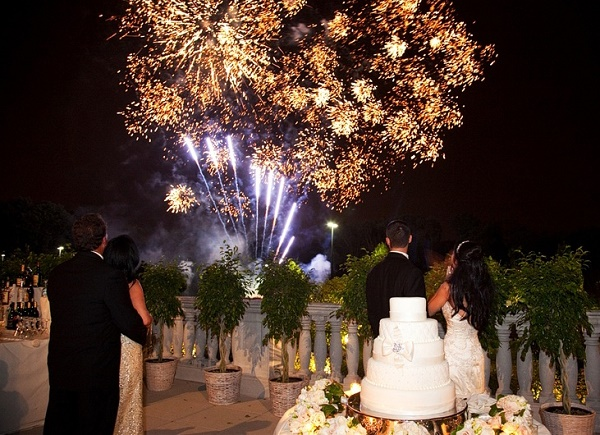 особенности заказа фейерверка на свадьбу