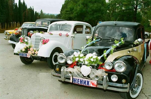 заказ ретро автомобилей для обслуживания свадьбы
