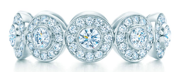 платиновое кольцо с бриллиантами